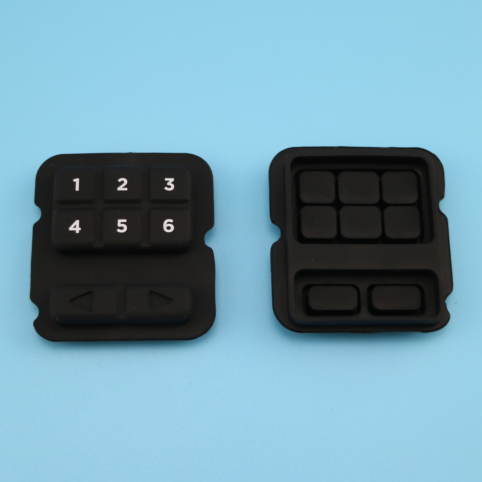 Silicone keypads with backlit effect, with carbon pills, normal print on key surface